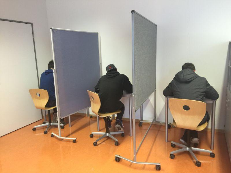 Hausmesse 2016 Wahlkabinen für Probewahl