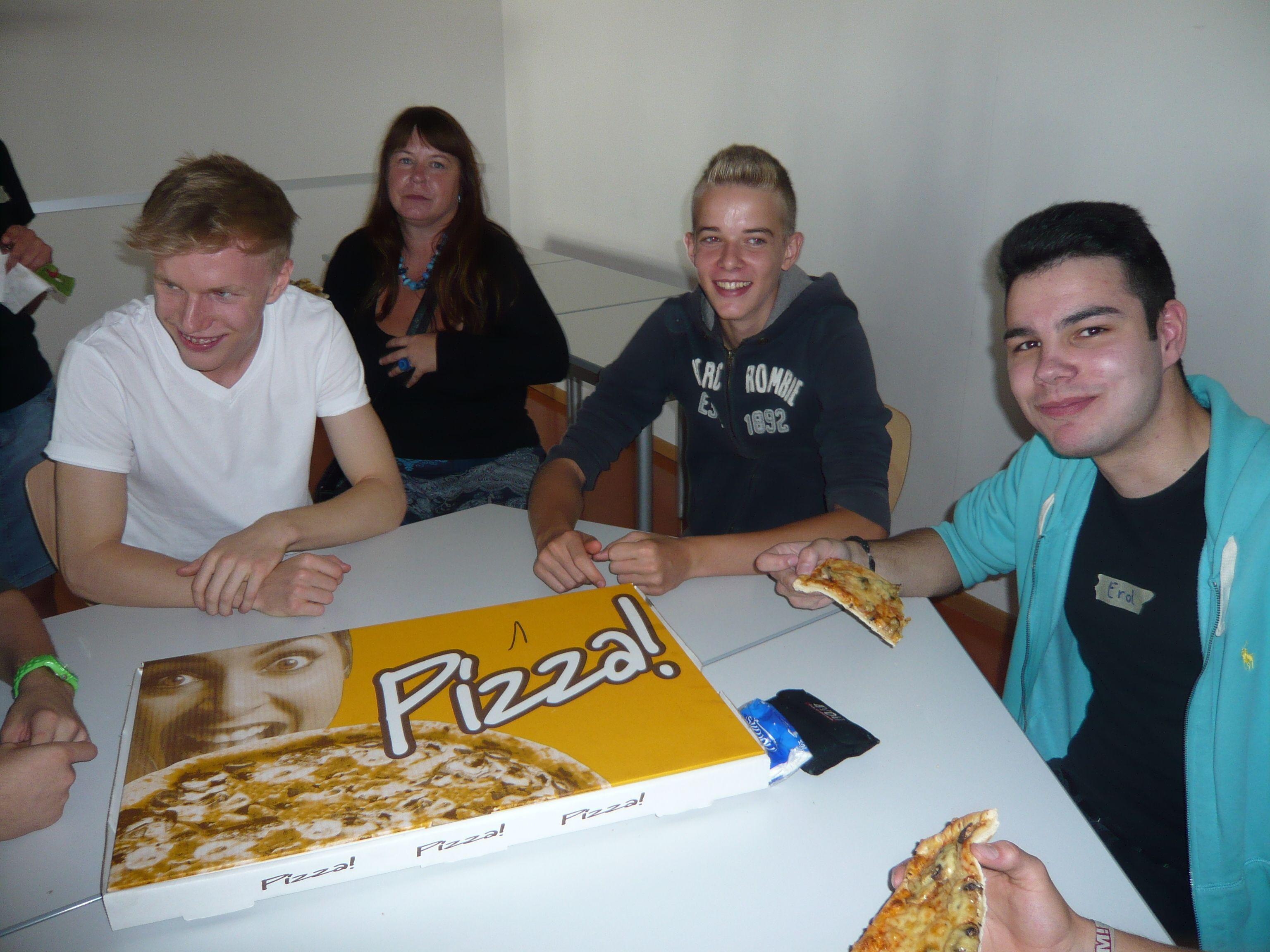 Pizza-essen2