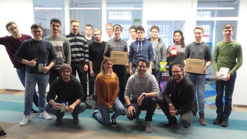 Gruppenfoto beim Startup MyCouchBox