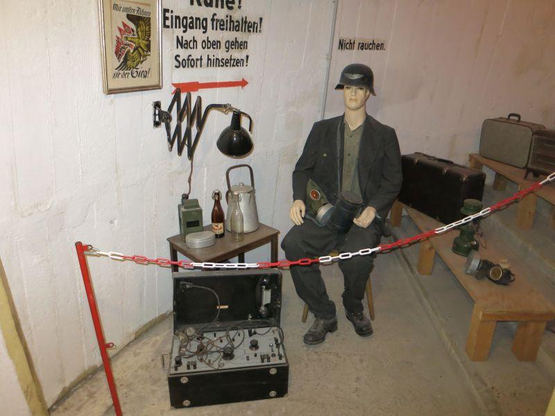 Bunkerwart im Spitzbunker