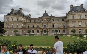 Jahrgangsstufe 1 fährt nach Paris